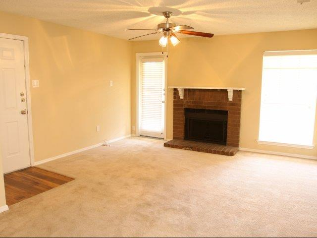 Living at Listing #136980