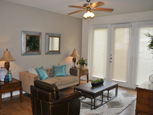 Living at Listing #146124