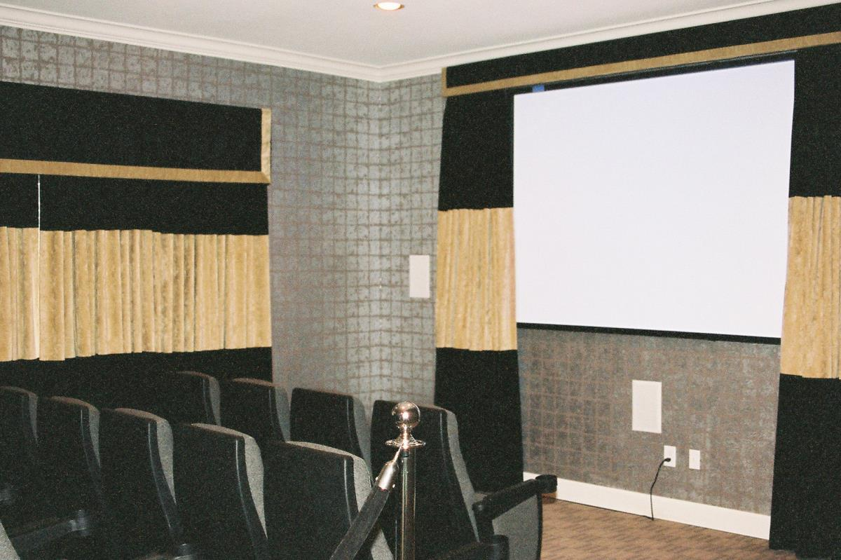 Theater at Listing #140738