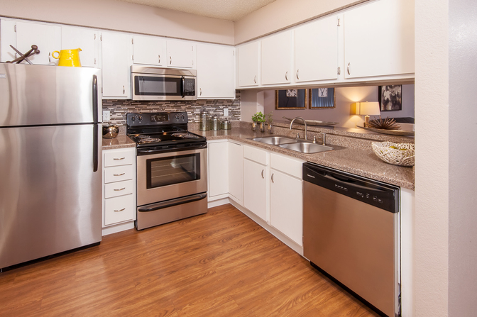 Kitchen at Listing #137994