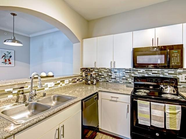Kitchen at Listing #137740