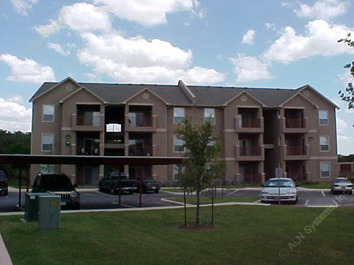 Bandera Commons Apartments