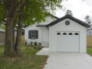 Exterior 3 at Listing #144385