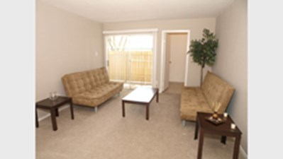 Living Room at Listing #139420
