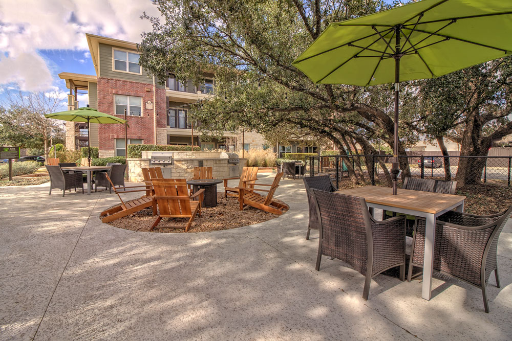 Picnic Area at Listing #146267
