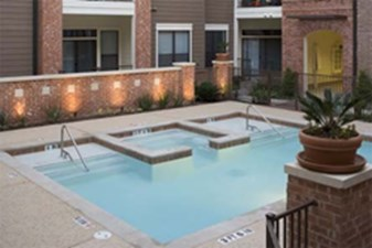 Hot tub at Listing #144223
