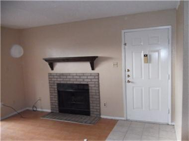 Living at Listing #229177