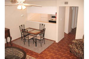 Dining at Listing #139879