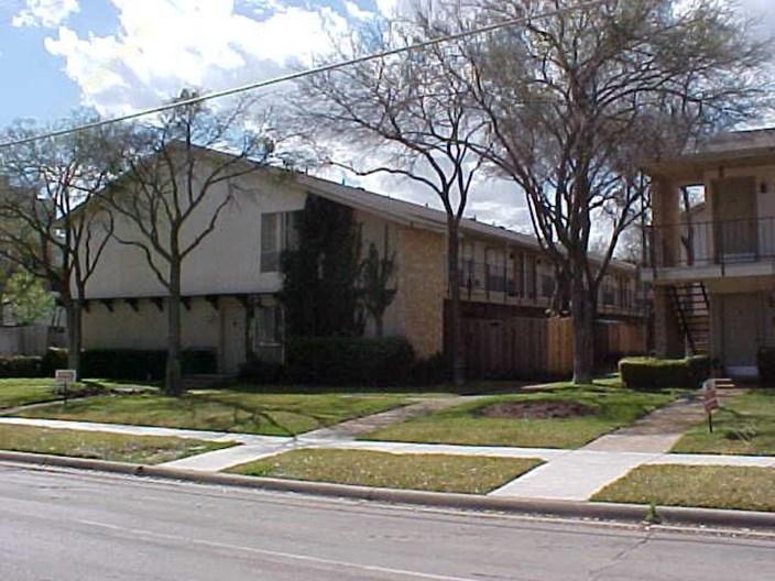 Saltillo Apartments