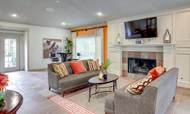 Lounge at Listing #138907
