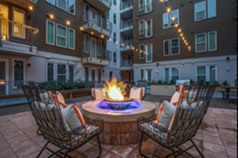 Fire Pit at Listing #275278