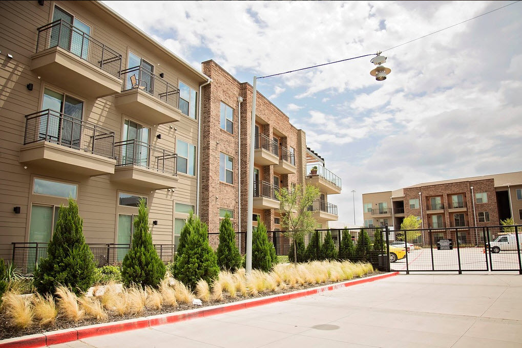 Pure Farmers Market Apartments Dallas TX