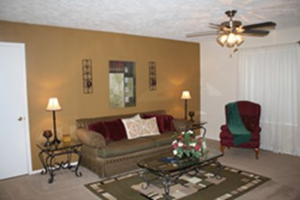 Living at Listing #138615