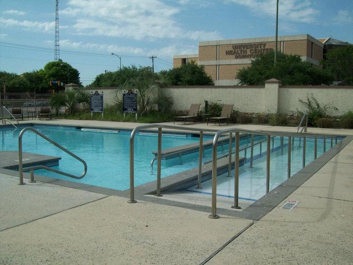 Pool at Listing #141379