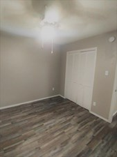Bedroom at Listing #212645