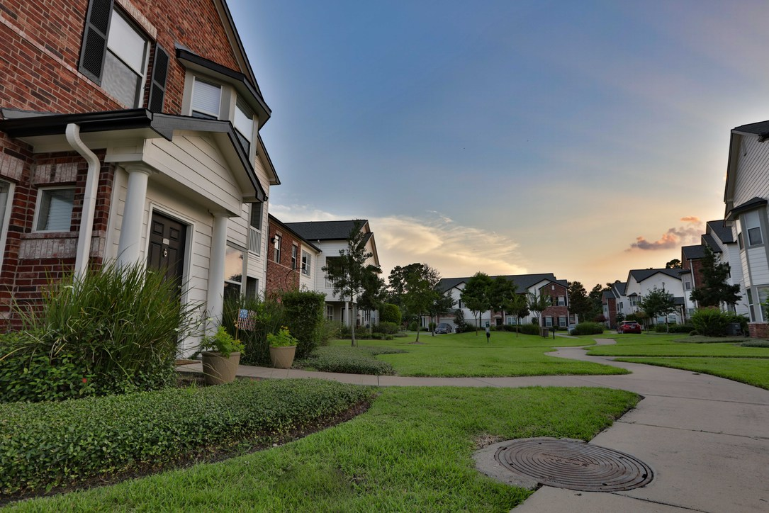 Villas at Cypresswood Apartments Houston TX