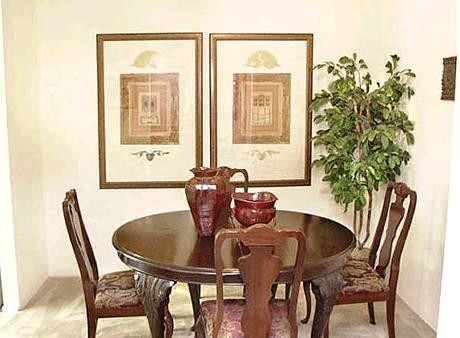 DIning at Listing #139663