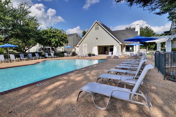 Pool at Listing #136022