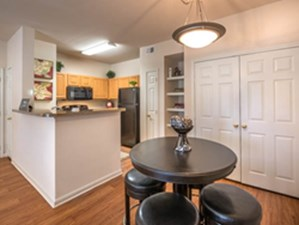 Dining/Kitchen at Listing #138025