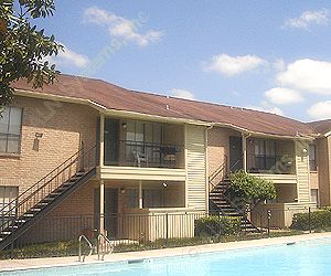 Falls of Bellaire Apartments Houston TX