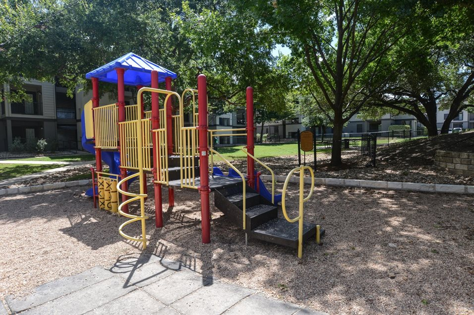 Playground at Listing #140152