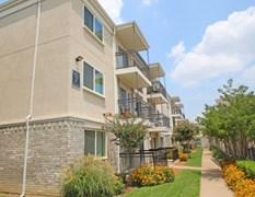 Woodbridge Apartments Dallas TX
