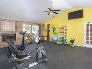 Fitness Center at Listing #141108