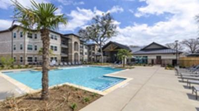 Pool at Listing #307147