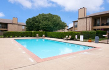 Pool at Listing #136040