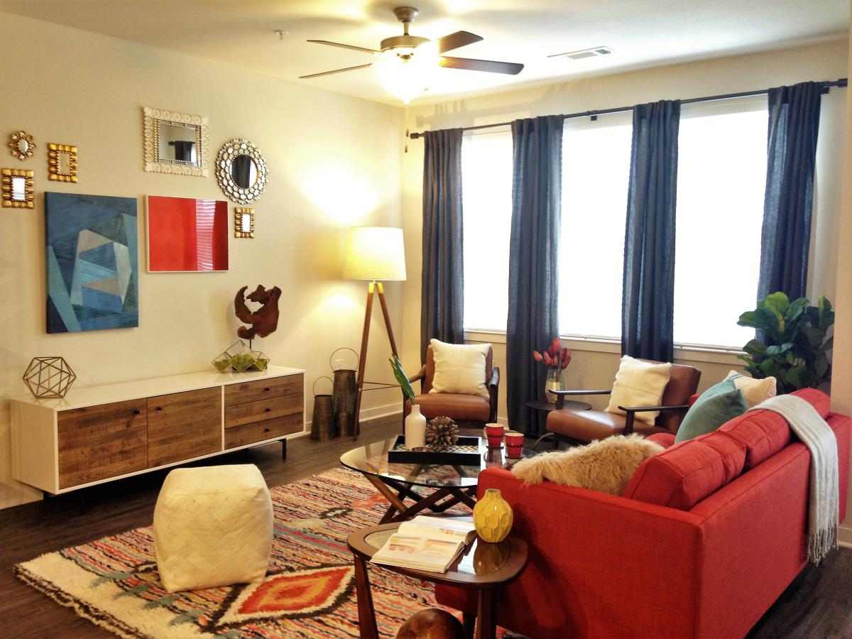 Living at Listing #251457