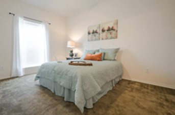 Bedroom at Listing #152854