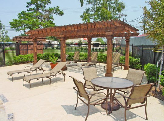 Lounge at Listing #147432
