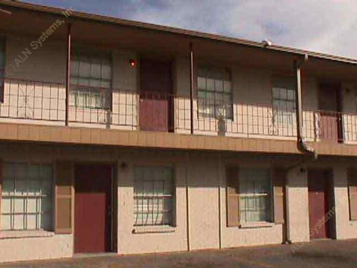 La Joya Apartments