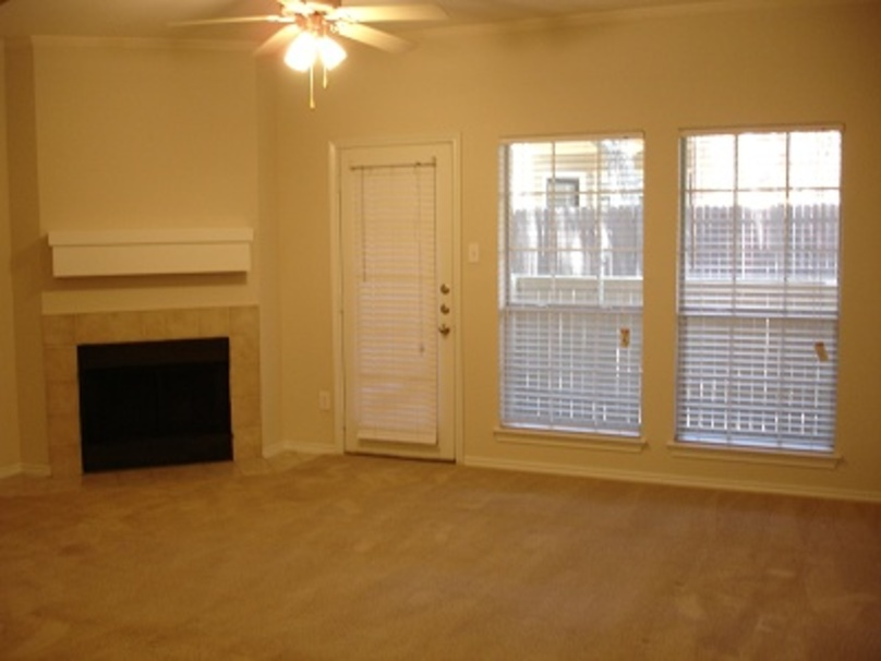 Living at Listing #136787