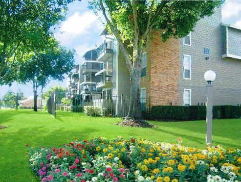 Idlewood Park ApartmentsHoustonTX