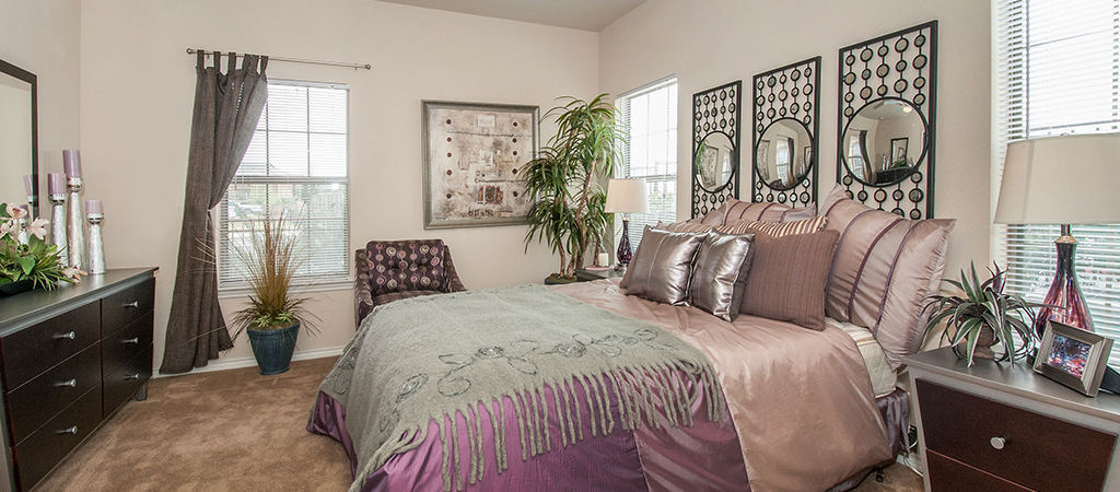 Bedroom at Listing #147041