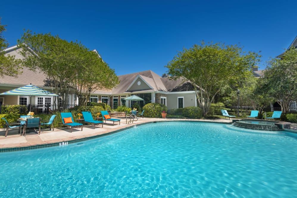 Lodge at Shavano Park Apartments San Antonio TX