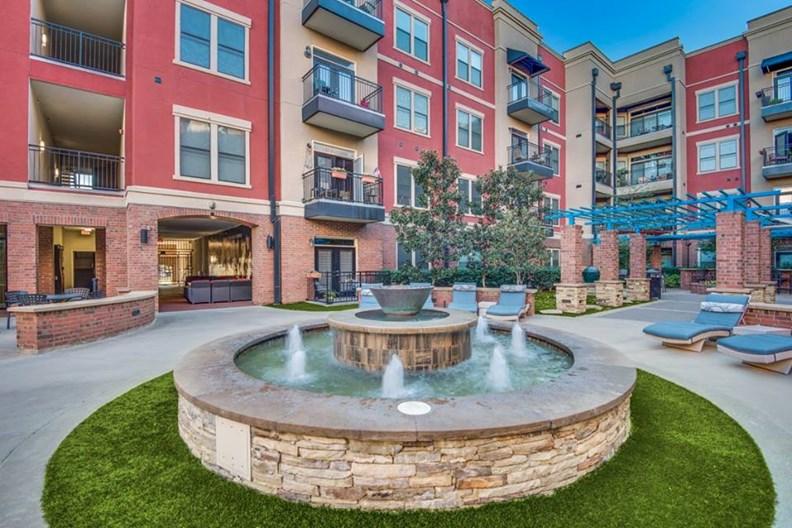 Resort at 925 Main Apartments