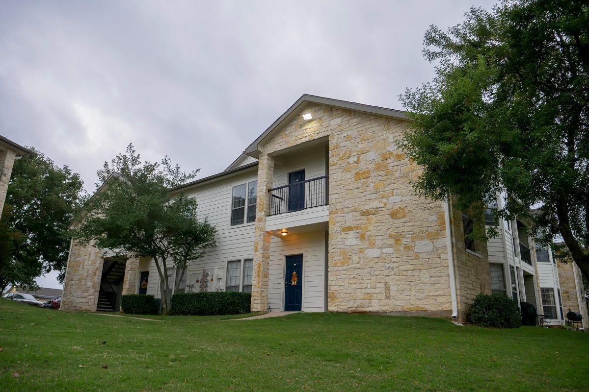 Exterior at Listing #138150