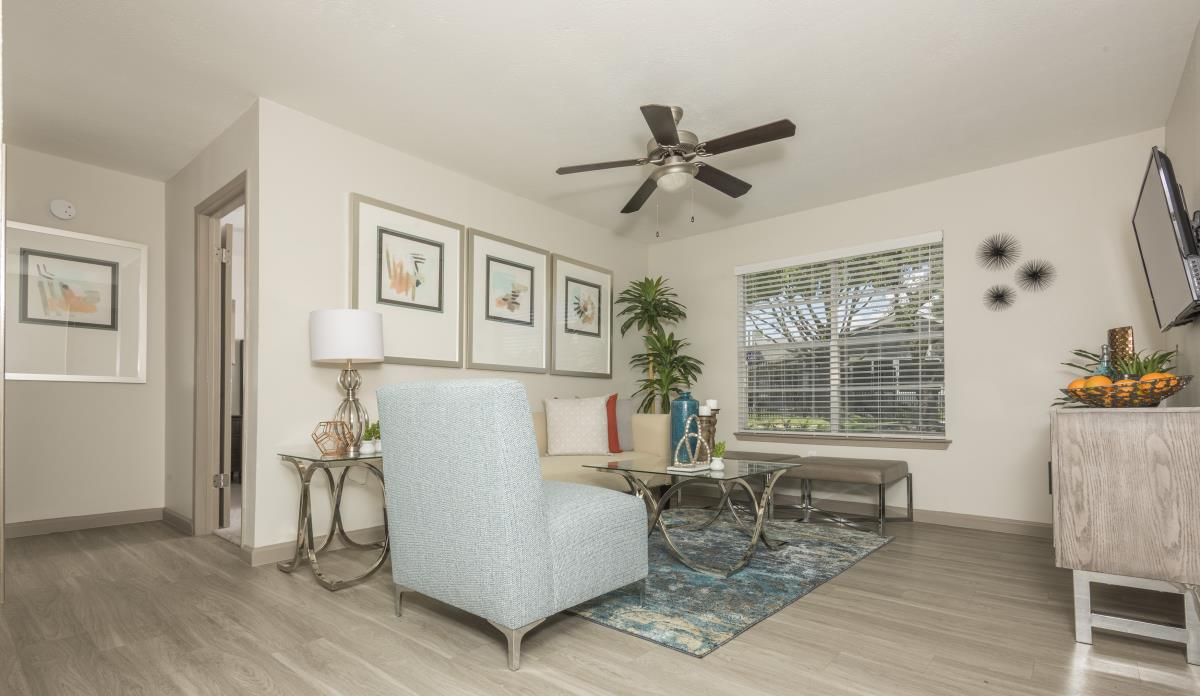 Living at Listing #135853