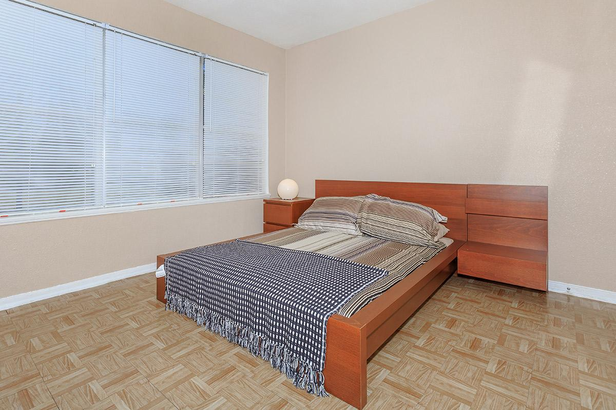 Bedroom at Listing #139360