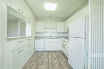 Kitchen at Listing #140934