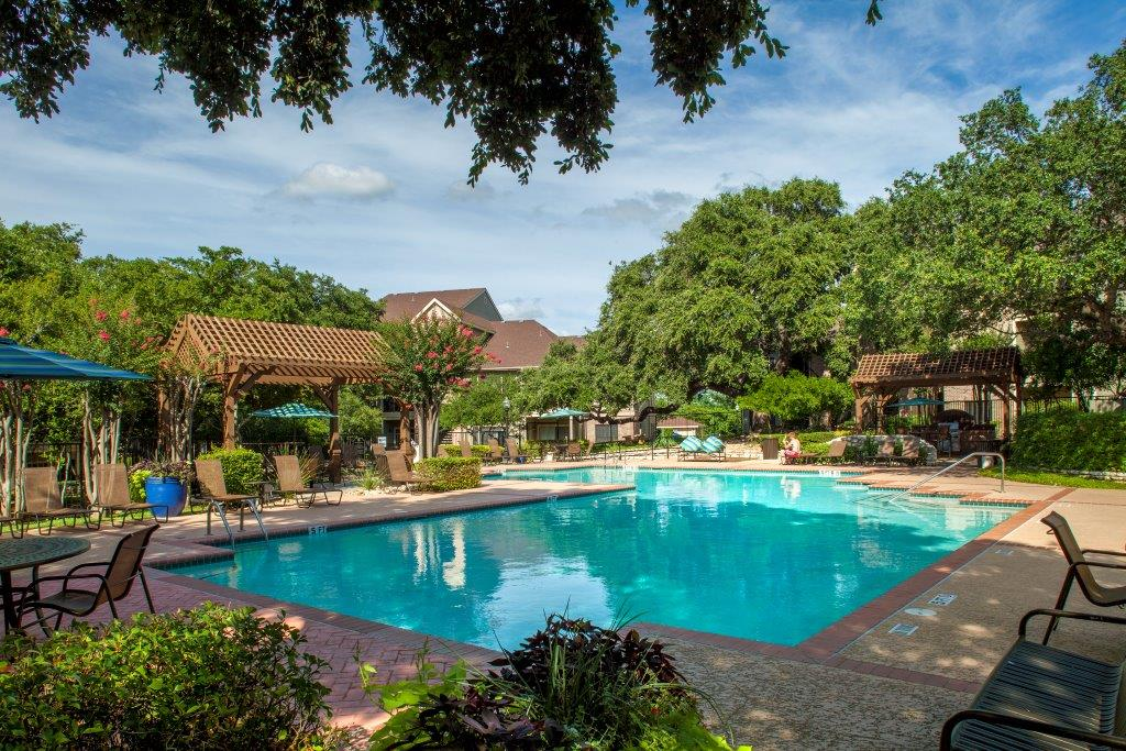 Pool at Listing #140520