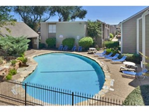 Braeswood oaks houston 695 for 1 2 3 bed apts - Westbury swimming pool houston tx ...