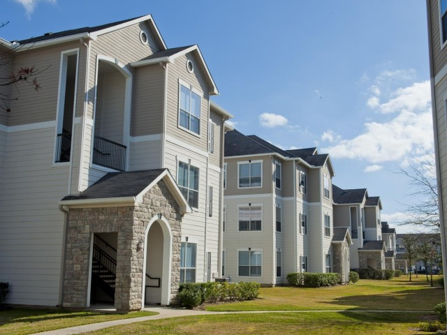 Sync at Kingsland Ranch Apartments Katy TX