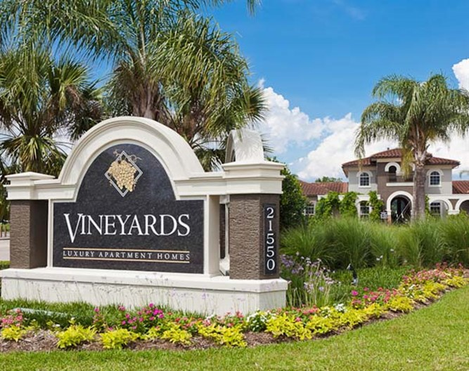 Vineyards Apartments