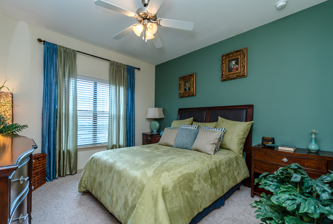 Bedroom at Listing #147769