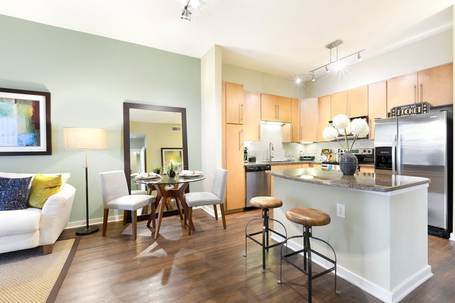 Dining/Kitchen at Listing #146271