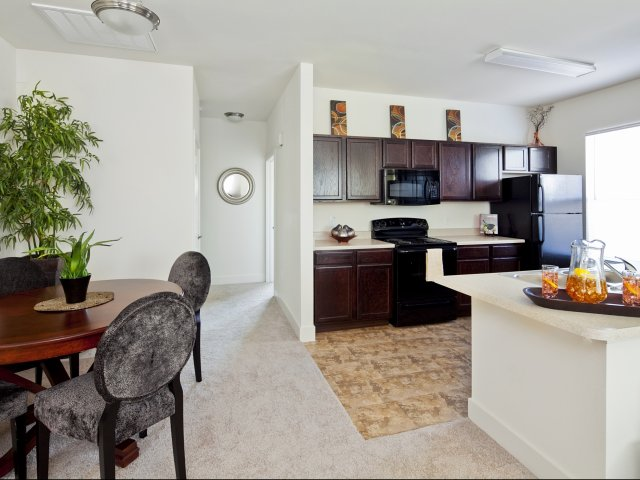 Dining/Kitchen at Listing #245753