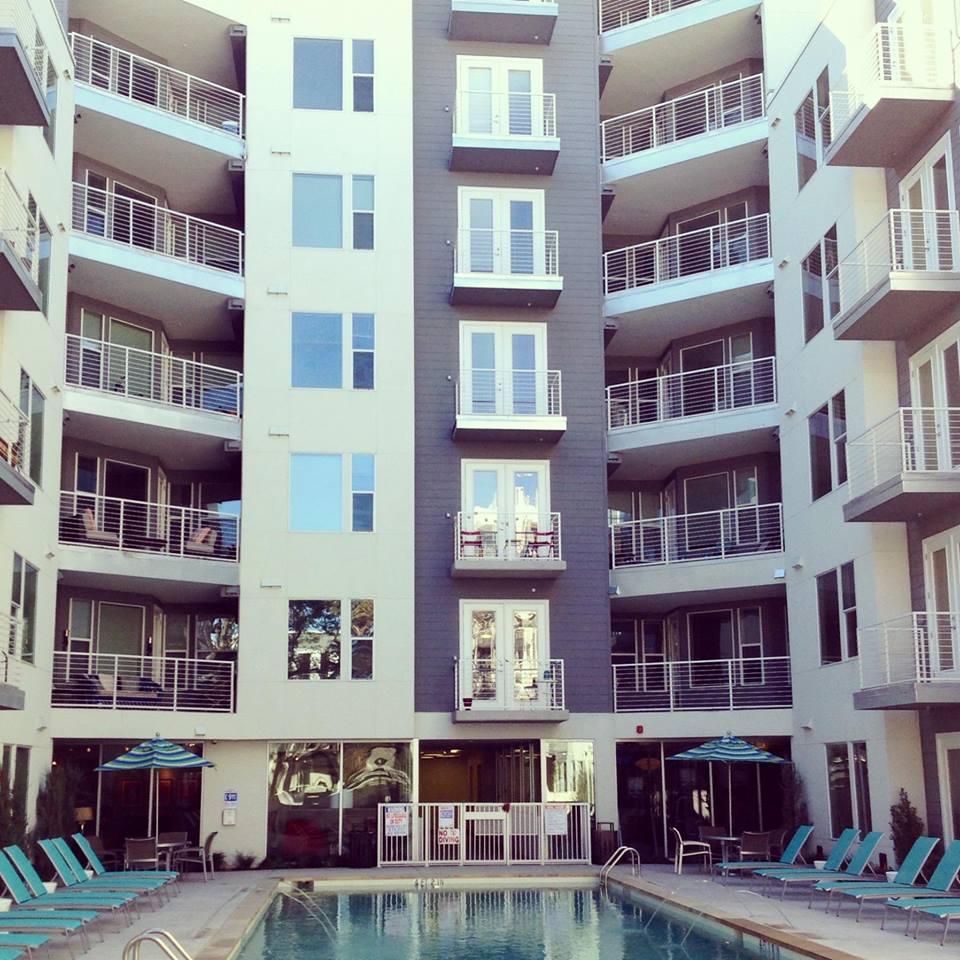 Gibson Flats Apartments Austin, TX